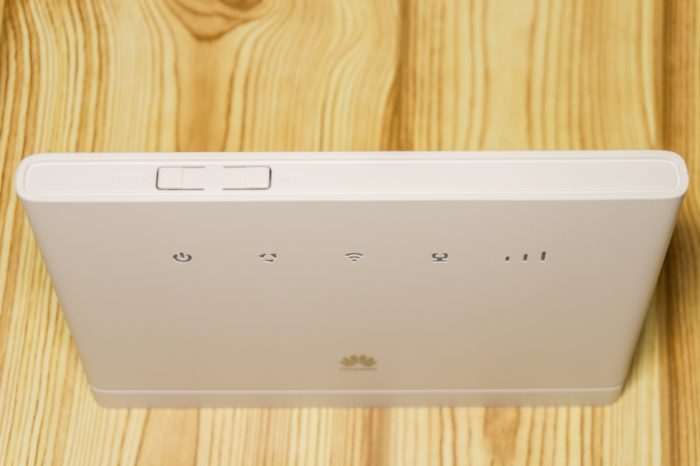 Обзор Huawei B315s-22 — стационарный роутер с поддержкой 4G - Root