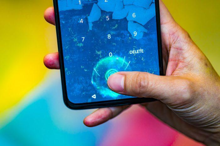 10 главных трендов в мире смартфонов в 2019 году