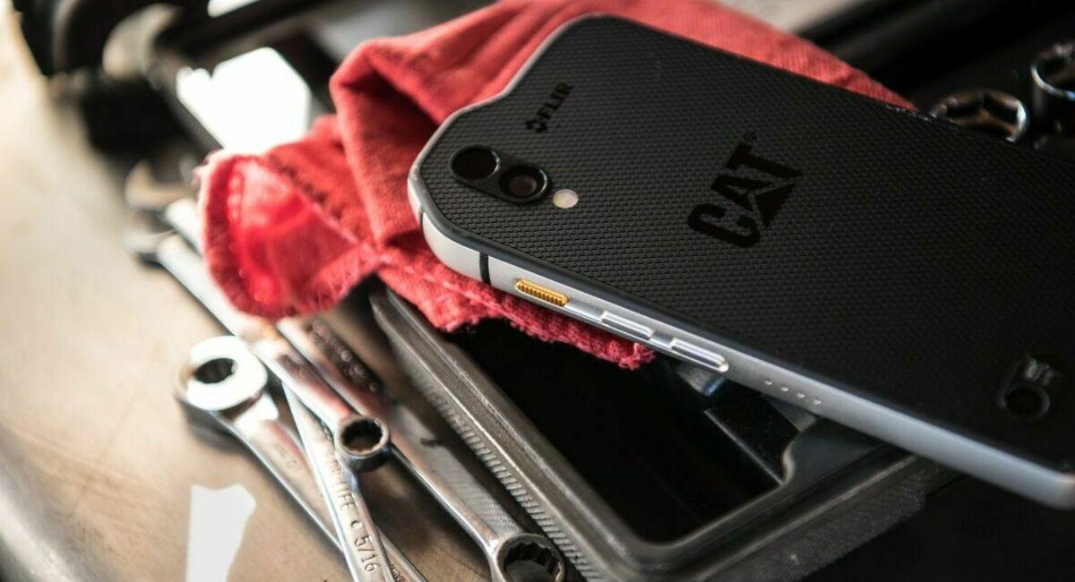 лучшие защищенные смартфоны
