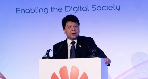 Huawei наносит ответный удар и подает в суд на правительство США