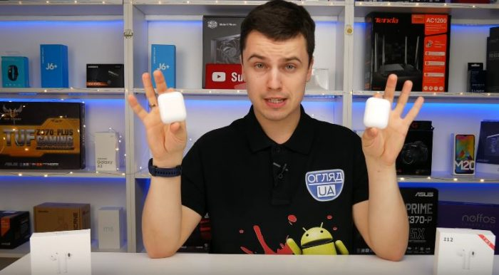 Apple AirPods проти TWS i12