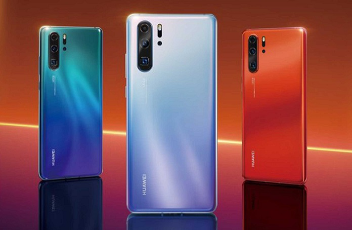 Huawei P30 Series with four colourways