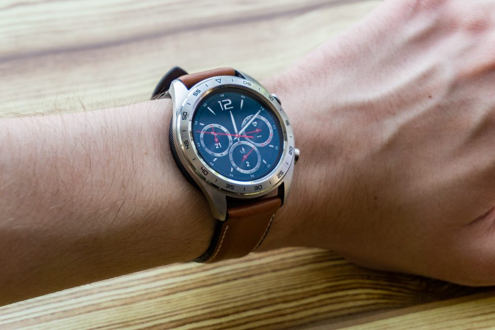 Honor Watch Magic, The Best Smartwatch to Buy On Prime Day Sale