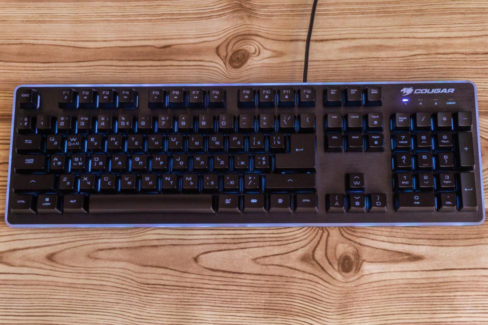 Обзор Cougar Core EX — клавиатура с гибридными переключателями