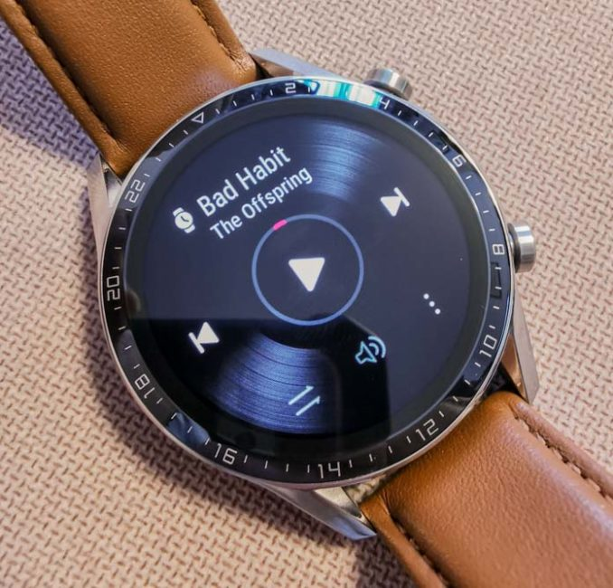 Huawei Watch GT 2 (46 mm) review and comparison with Huawei Watch GT