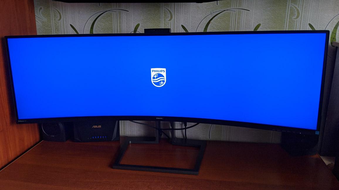 Обзор Philips Brilliance 499P9H/00 — изогнутый 49-дюймовый монитор