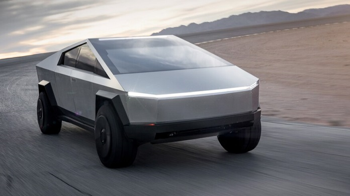 RootCast 127: Tesla Cybertruck, Motorola RAZR 2019, слухи об Айфонах и прочее