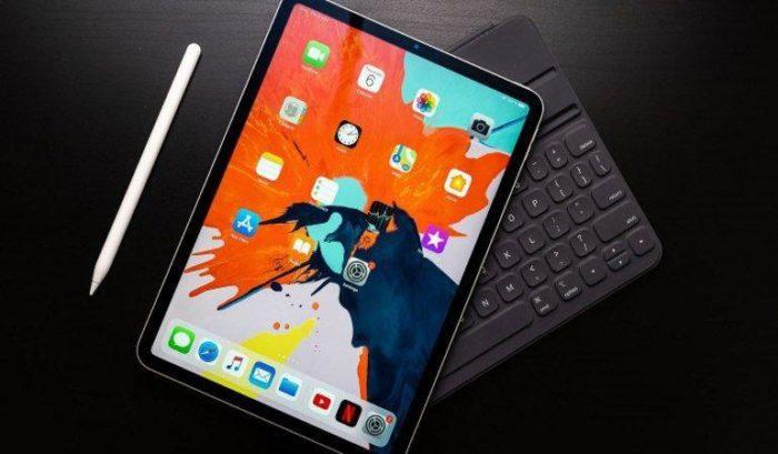 клавіатура з тачпадом для iPad