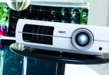 5 переваг домашніх проекторів над телевізорами