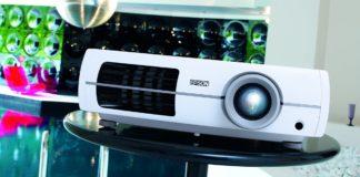 5 преимуществ домашних проекторов над телевизорами