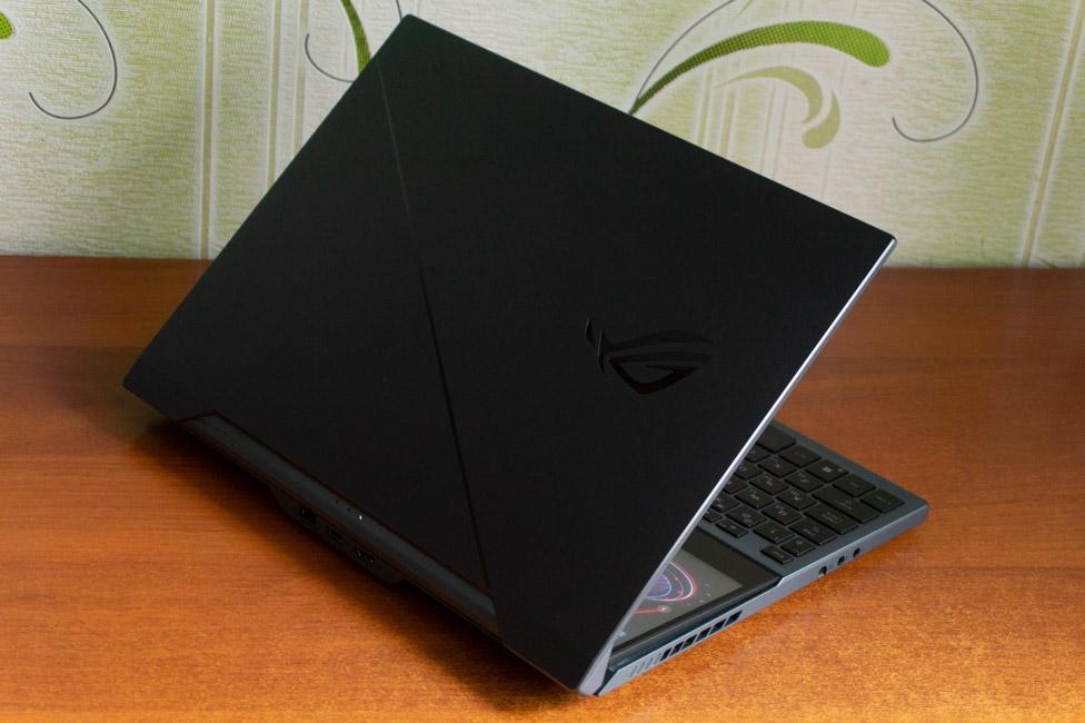 Обзор ASUS ROG Zephyrus Duo 15 — топовый игровой ноутбук с двумя экранами