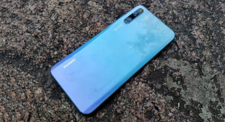 Обзор Huawei P smart S – бюджетник с OLED и экранным сканером отпечатков