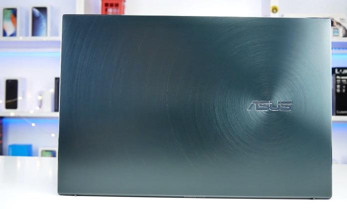ASUS ZenBook 13 UX325E