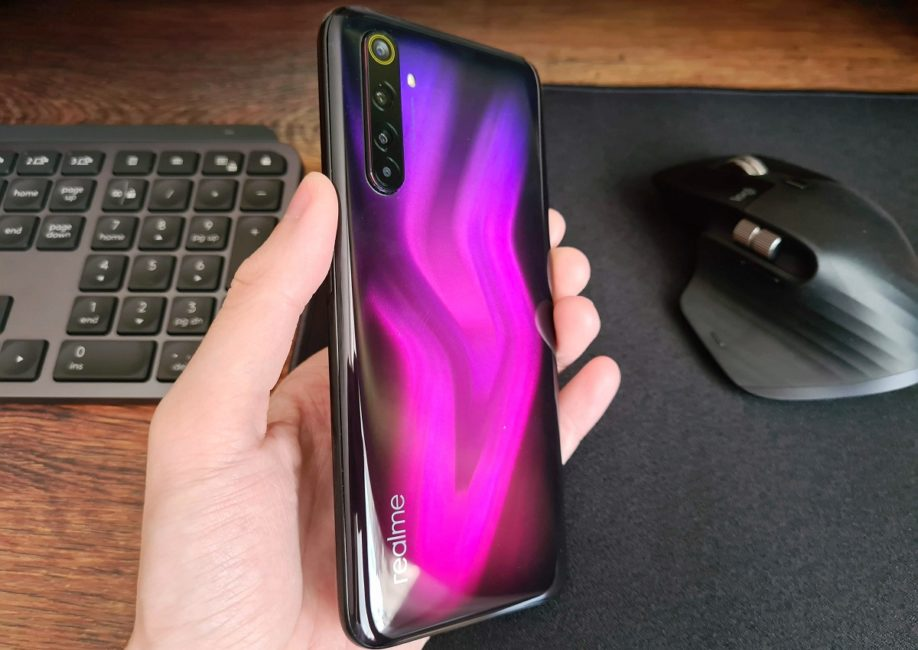 Realme 7 Pro review: Realme 6 But With AMOLED?
