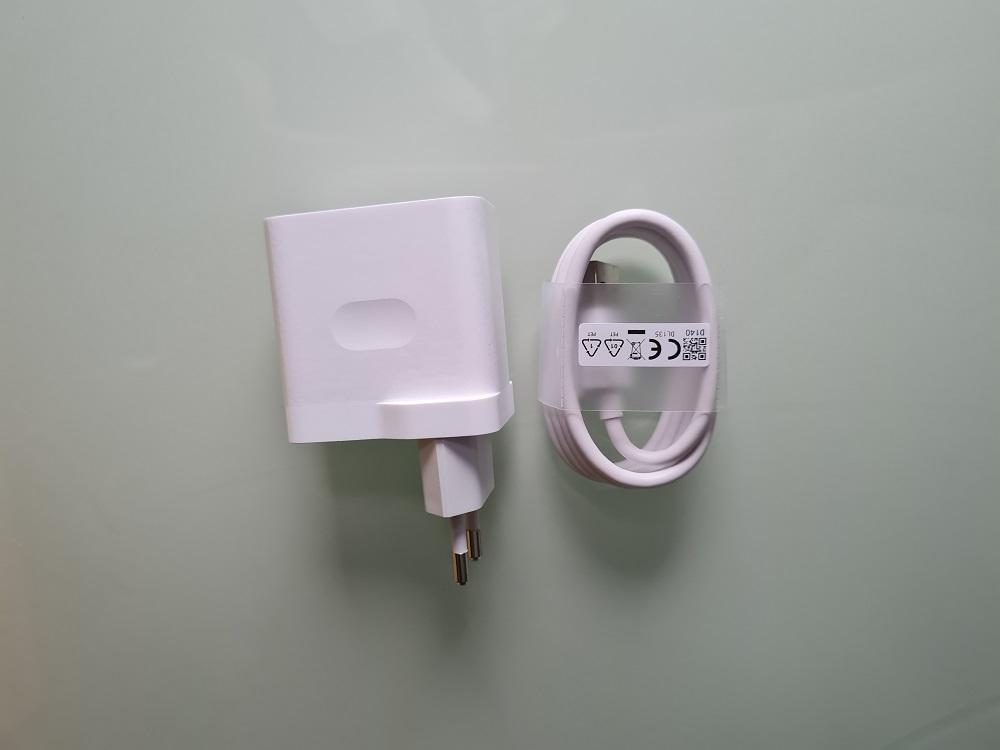 Зарядное устройство Realme 7
