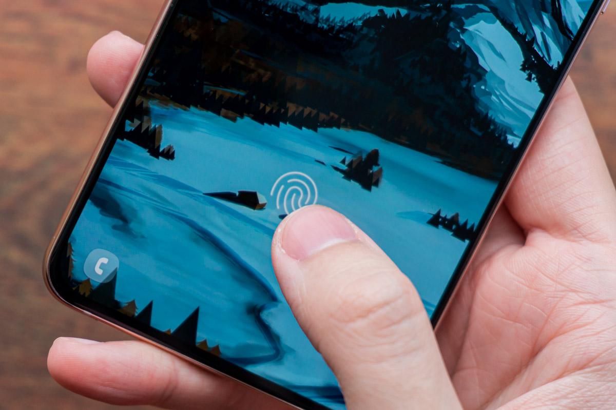 Біометрія в смартфонах: сканер відбитків пальців