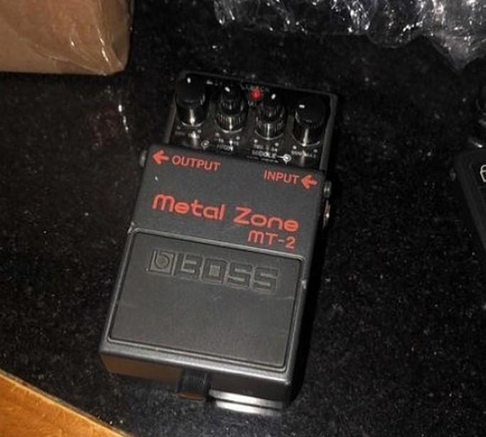 Гітарна педаль Metal zone MT-2