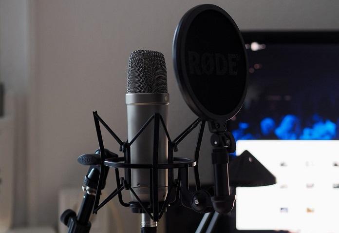 10-luchshix-mikrofonov-dlya-strima