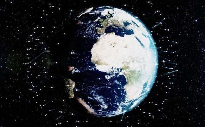 супутники на орбіти Землі