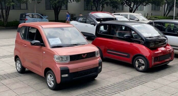 Wuling Hong Guang Mini EV