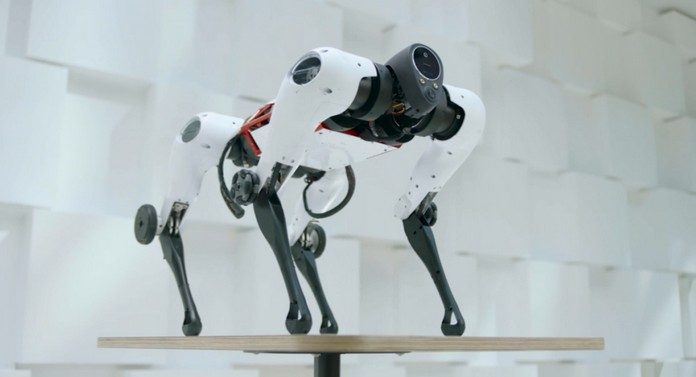 робот Tencent Max