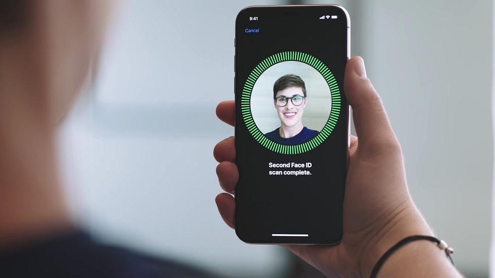 Біометрія в смартфонах: розпізнавання обличчя