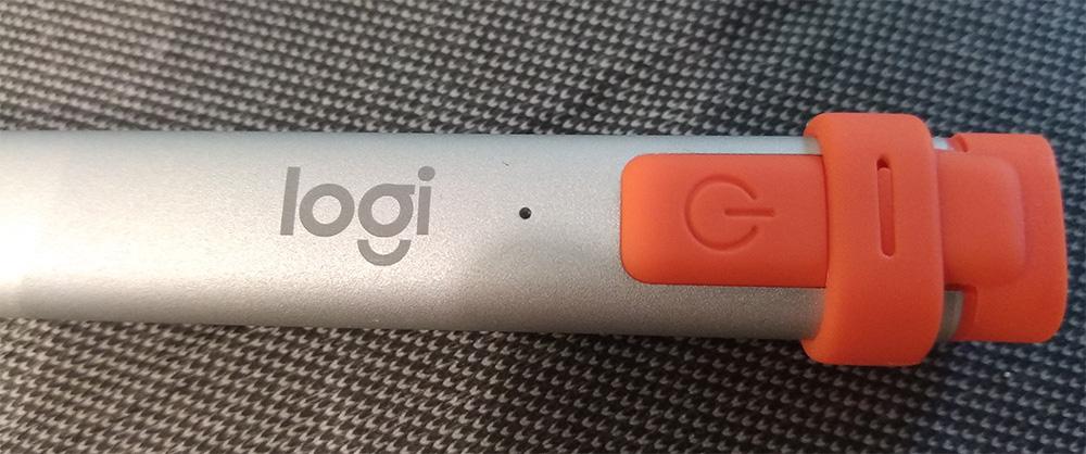 Logitech Combo Touch и Crayon