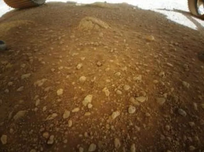 floor of Mars' Jezero Crater