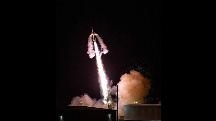 nasa launches rocket