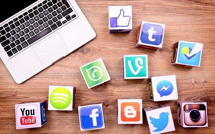 Surfing Social Media Apps