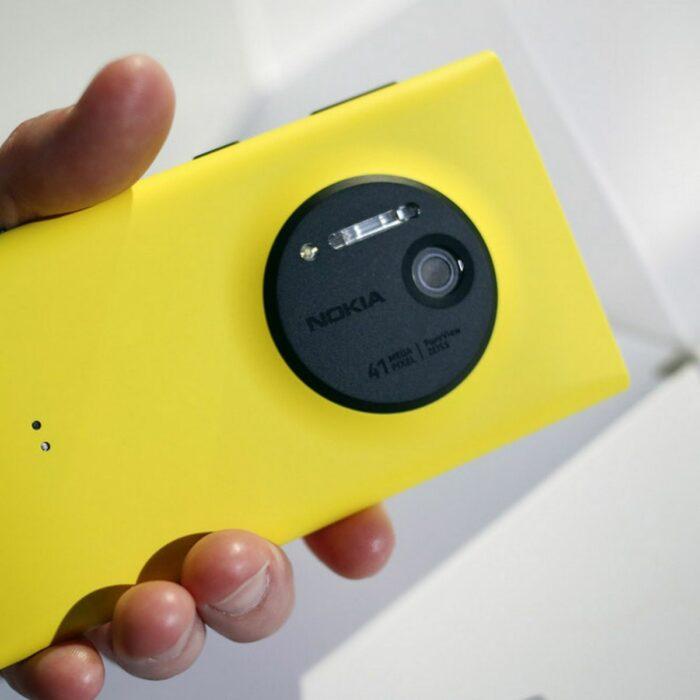 смартфоны Nokia Lumia 1020