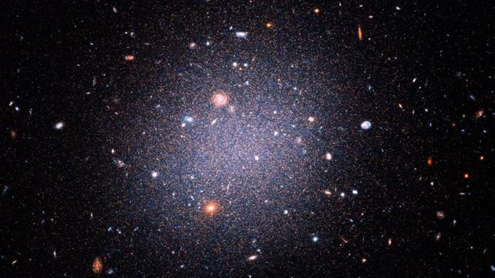 DF2 і DF4 галактики
