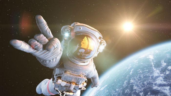 Що потрібно, щоб попасти в космос?