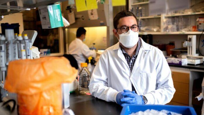 David R. Martinez in the lab on the University of North Carolina