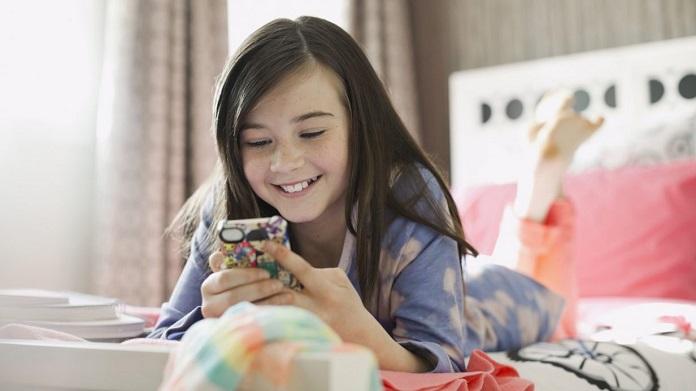 Топ-10 бюджетных смартфонов для школьников, осень 2021