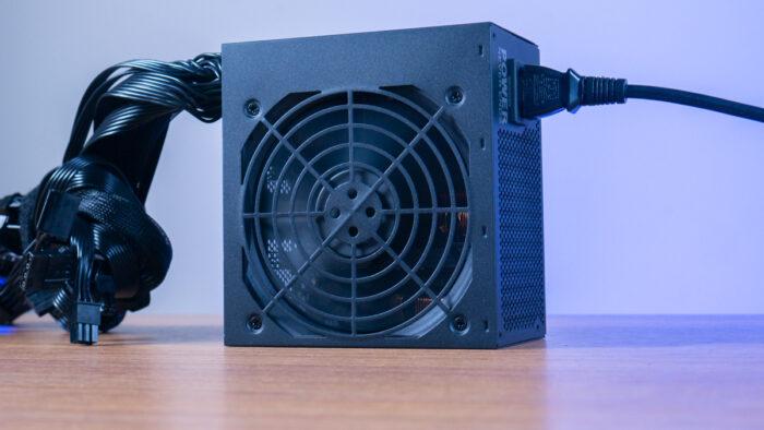 Обзор FSP HEXA 85+ PRO 550W: Простой и качественный БП