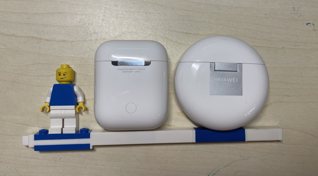 FreeBuds 4 vs Apple AirPods
