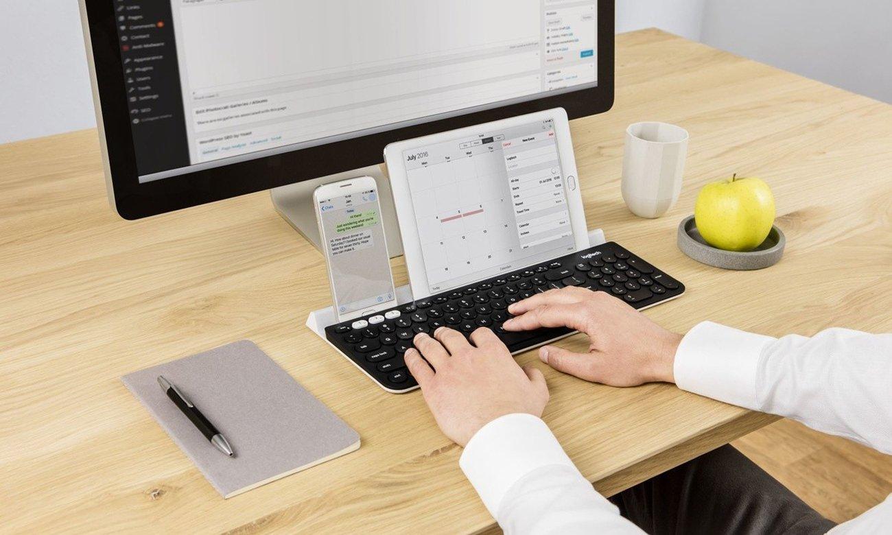 Ta uniwersalna klawiatura jest zgodna z systemami Windows®, Mac, Android™ i iOS (iPhone i iPad) oraz rozpoznaje typ podłączonego urządzenia, dzięki czemu wszystkie klawisze znajdują się tam, gdzie ich oczekujesz.