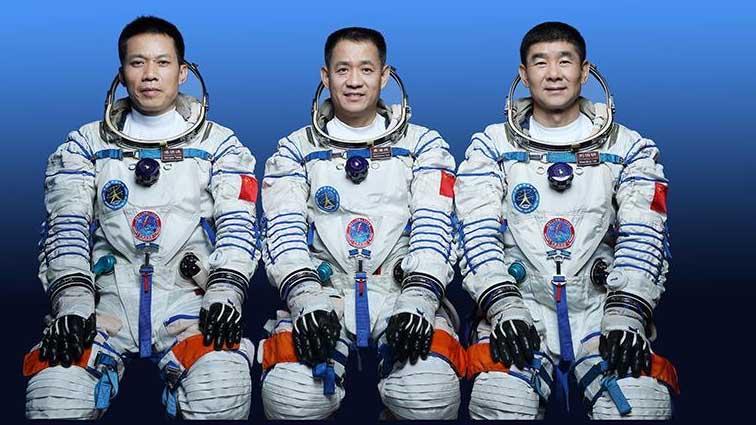 Китайські астронавти Shenzhou-12