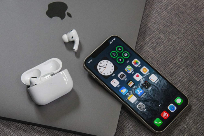 iOS 15 AirPods Pro